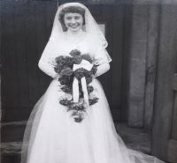 Maureen in her wedding dress