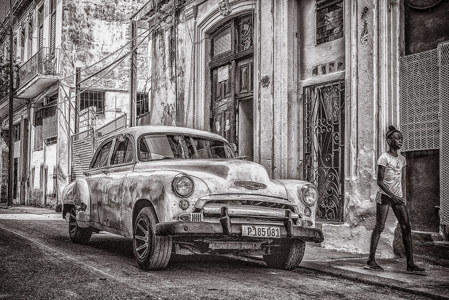 Downtown Havana - Martin Janes