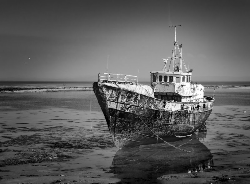 Old Boat at Roa.