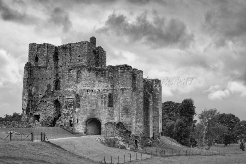 Brougham (broom) Castle.