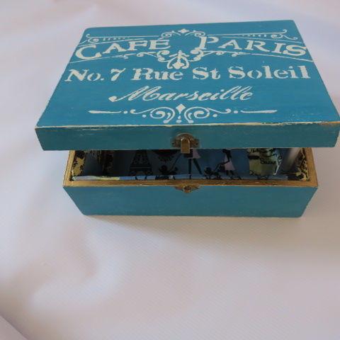 Shabby Chic Keepsake Box - Blue