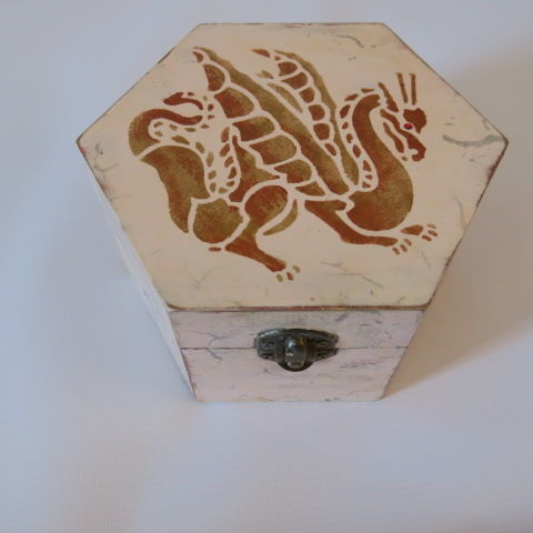 Hexagonal Box with Dragon Design - Pink and Gold