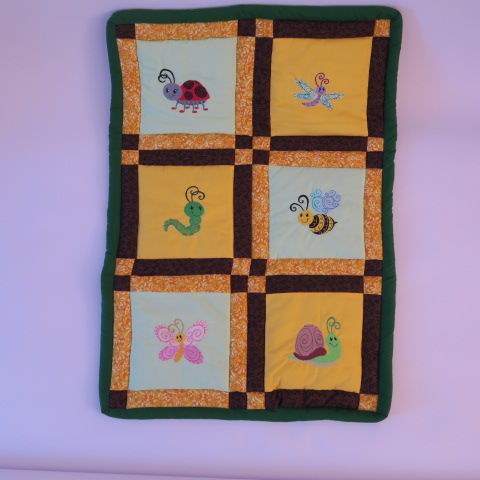 Bugs Life Baby Cot Quilt