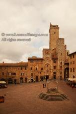 Piazza Cisterna, San Gimignano