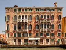 Faded Glory, Venice