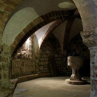 Crypt IV