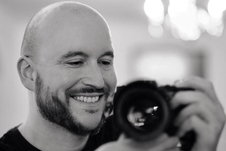 Luke Bennett- wildlife, portrait and contemporary artist from Solihull