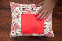 1421185- Manicure Cushion