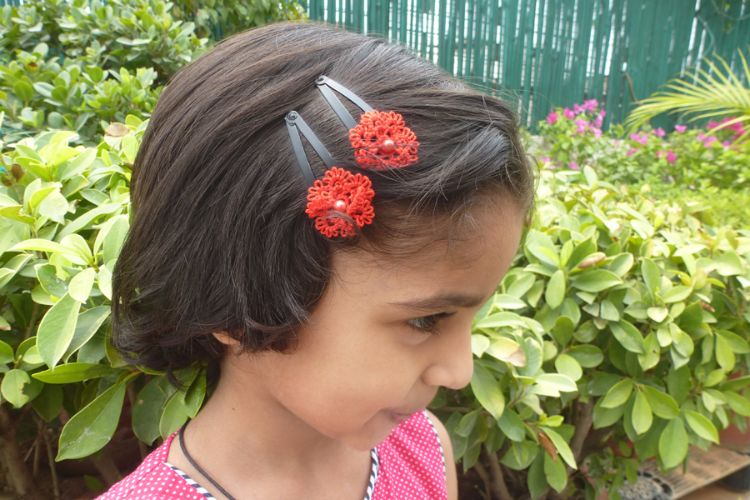 2025362-Tatted Hair Clip