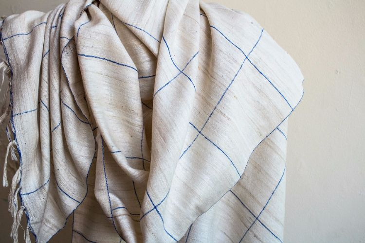 2822318-Eri Silk  Hand  Spun  &  Hand Woven