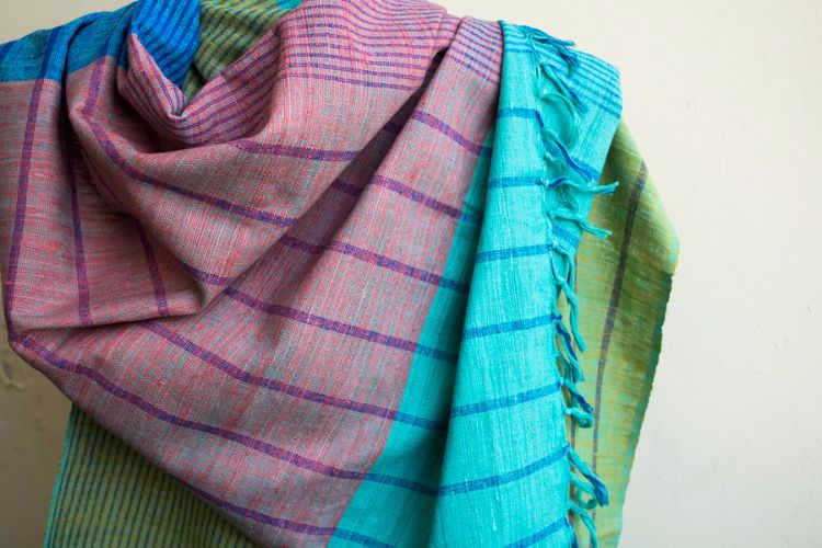 2822450-Eri Silk  Hand  Spun  &  Hand Woven