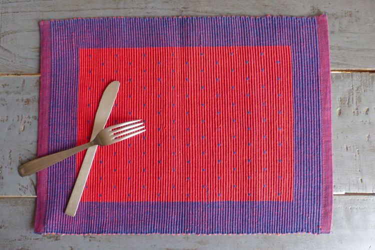 3818280-Hand Woven Cotton Placemat
