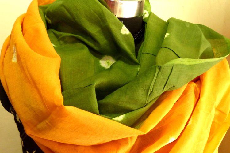4822520-Tie Dye Muslin Scarf