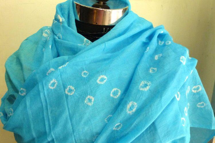 4822525-Tie Dye Muslin Scarf