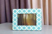 7613315-Lt Blue Photo Frame