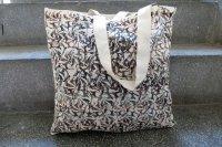 7811729-printed bag