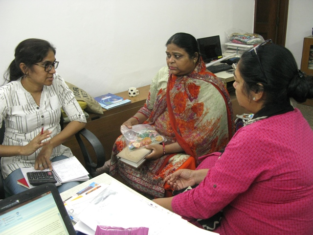 MESH Designer and the Anand Craft ladies working on prices s