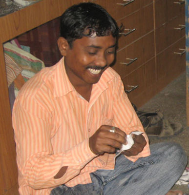 Narayan, MESH Design Studio Weaver and Technician