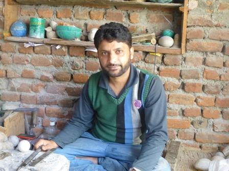Shabir papier-mâché shape maker