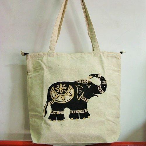4811585-Printed Hand Bag