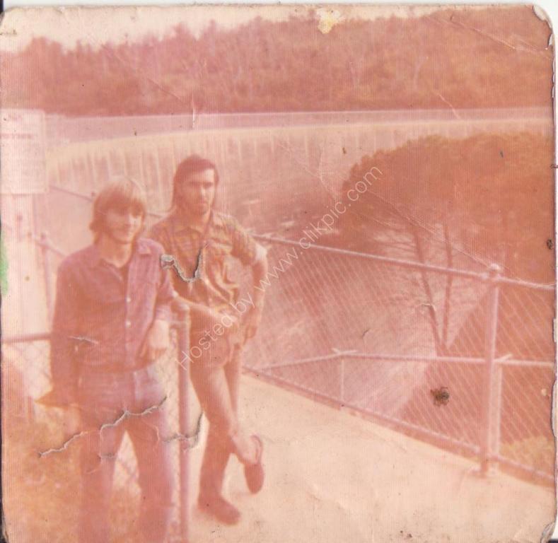 Wispering wall Barrosa Valley resavoiur  1974
