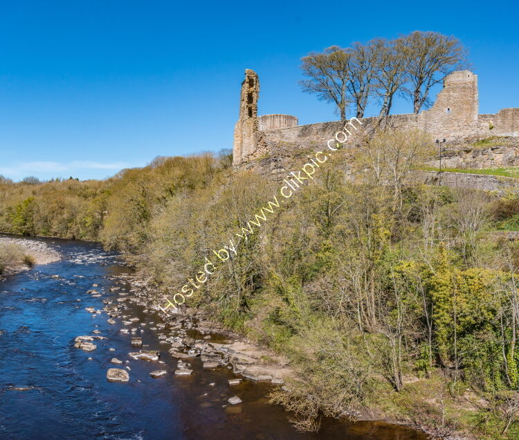 Barnard Castle and the River Tees from County Bridge