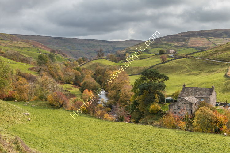 Park House, Keld and the River Swale