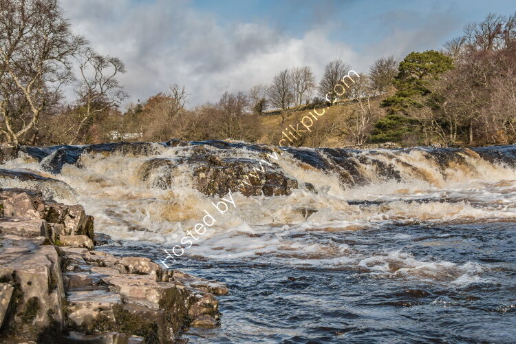 Low Force Cascade from the Pennine Way