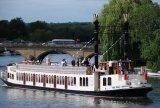 Thames paddle steamer