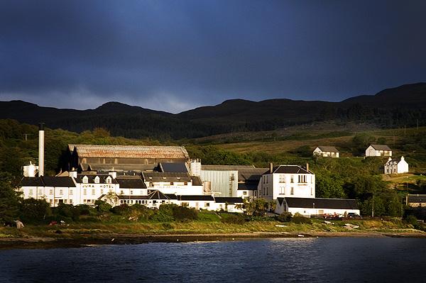 Hotel, Distillery & Lodge