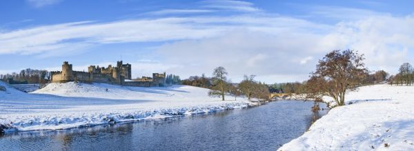 Alnwick castle winter