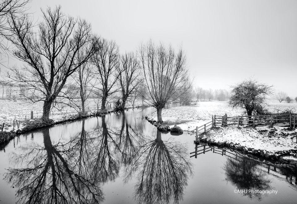 Dedham Snowy river banks from Bridge