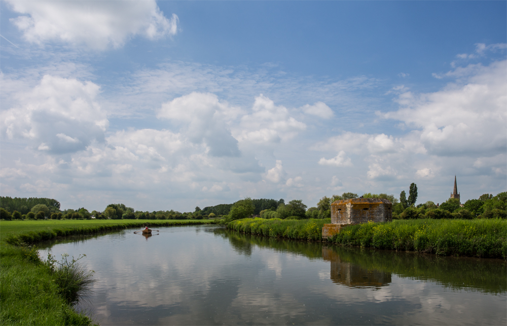 Lechlade - May 2014