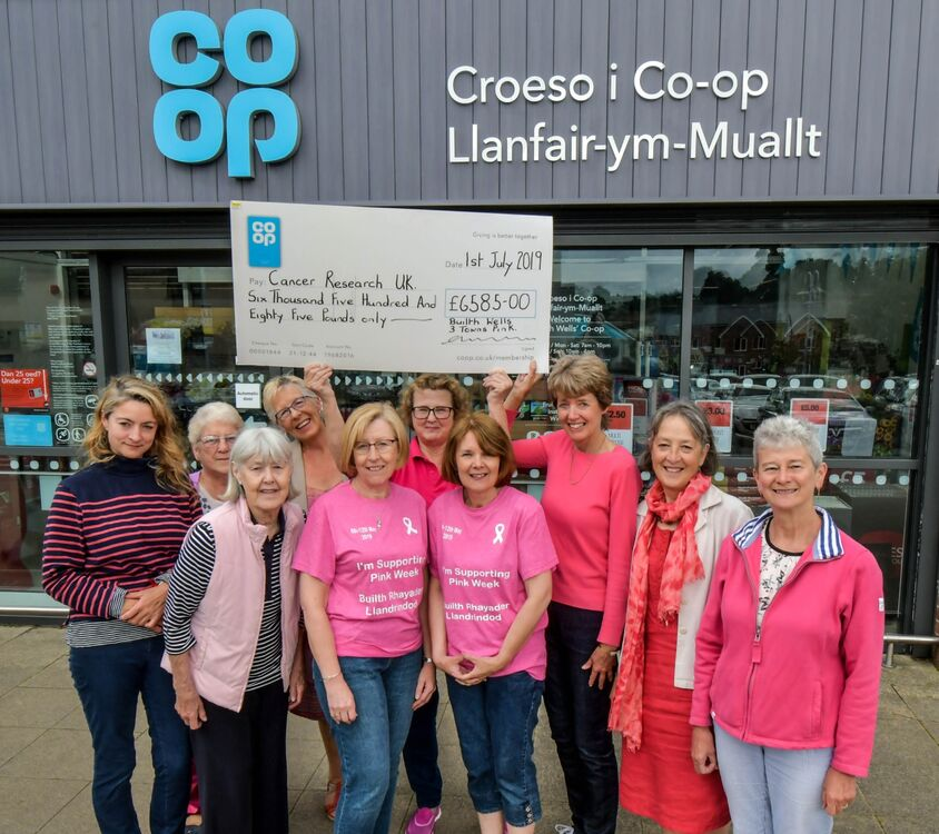 Three Towns Pink Week Cancer Research UK