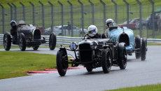 DSC 7619 1936 Fraser Nash leading 1926 Bugatti T35B