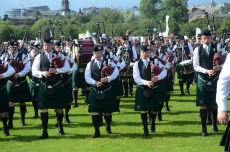 St. Laurence O' Toole Pipe Band
