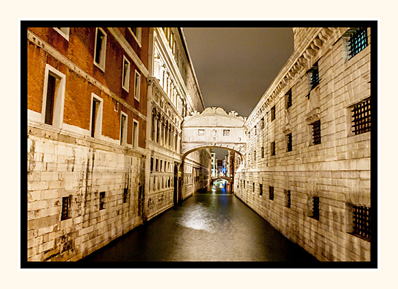 The Bridge of Sighs at Night
