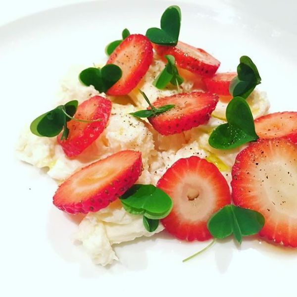 Smoked strawberries, oxalis and fior di latte