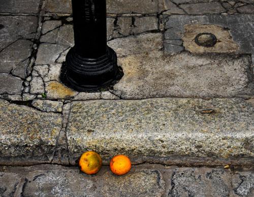 """Two Oranges in Sevilla"""
