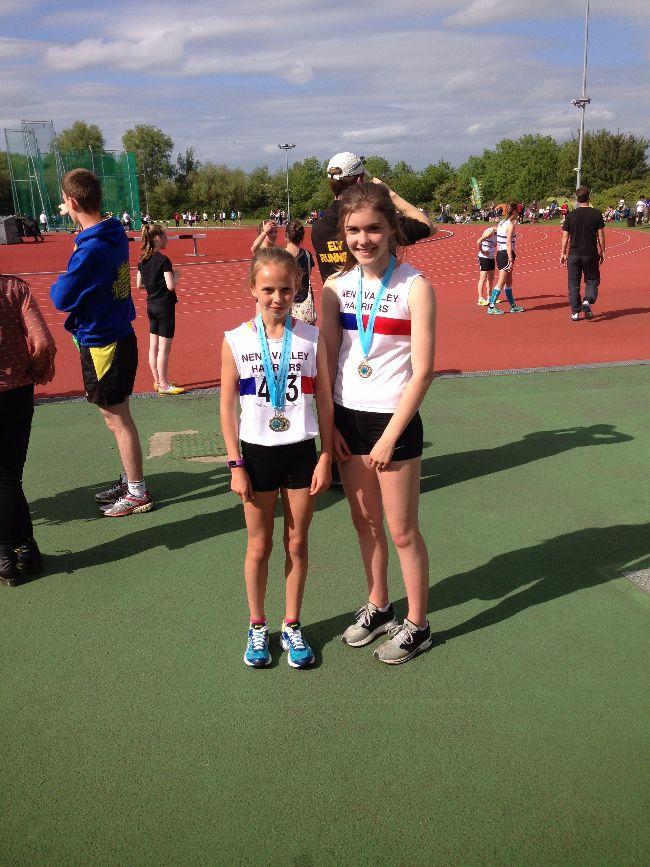 Amber Park and Kelsie Ellis 300m medalists