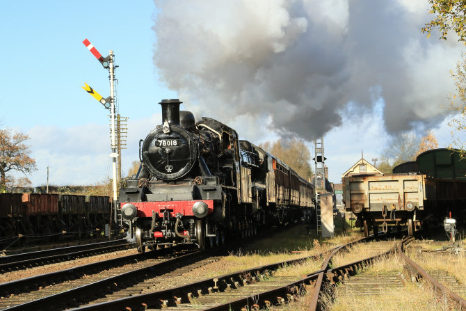 78018 Steaming Through Rothley