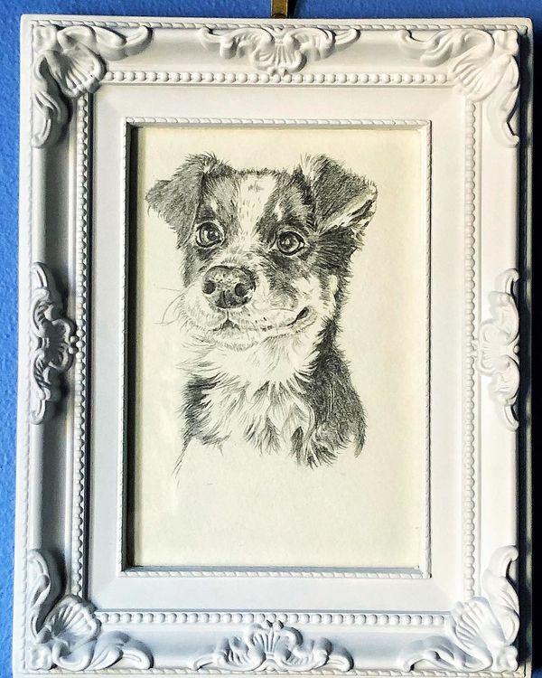 small portrait in graphite pencil (commission)