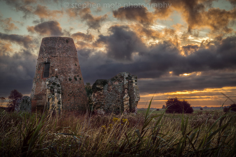 Dawn over St Benets Abbey