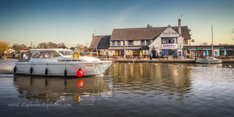 Pleasure boat at the Ferry Inn