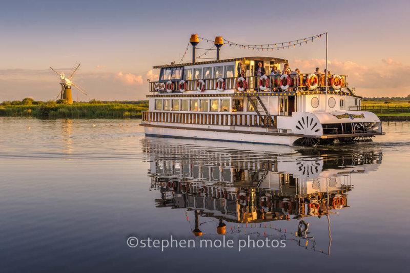 Pleasure Boat 'Southern Comfort'