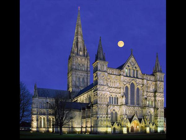 Salisbury Cathedral moonrise