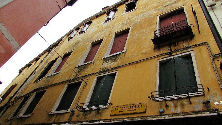 IMG 0232 Venice building pe