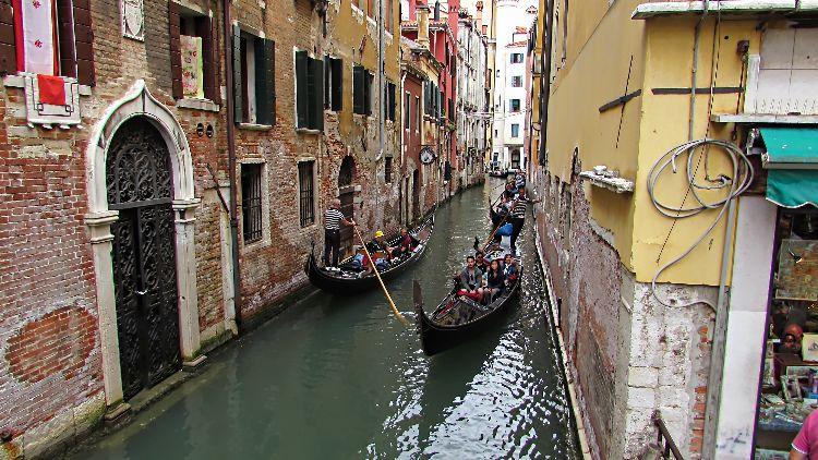 IMG 0241 pe Venice Gondala