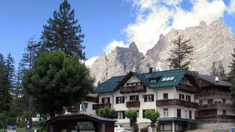 IMG 0591 pe Dolomites