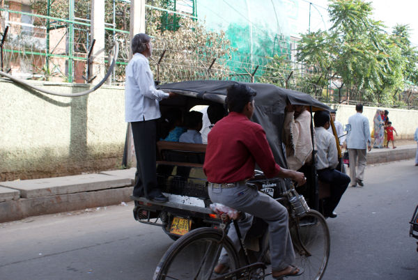 Hitching a lift in Delhi